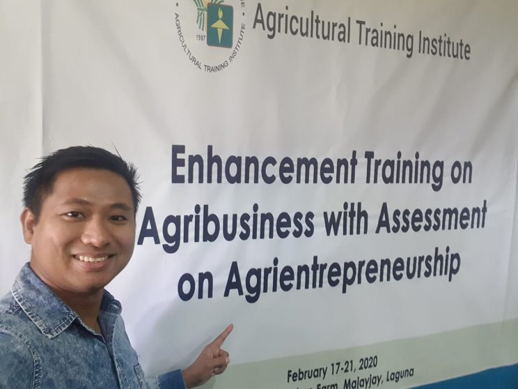 Enhancement Training on Agribiz in Costales Farms 744x558 - Prolific millennial farmer finds further success in inspiring viewers on social media, Part 1: from farmer to agriculture influencer
